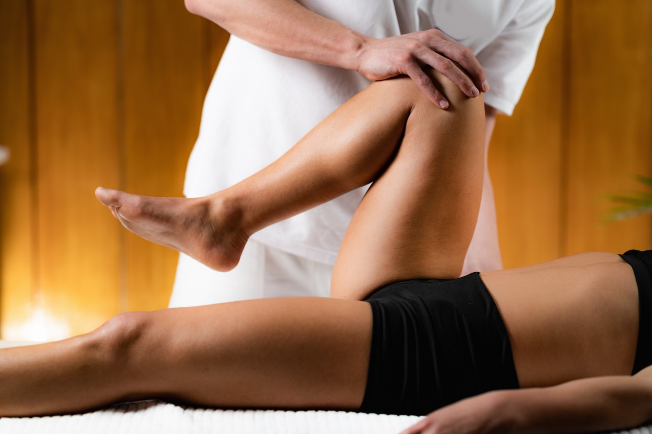 5 Common Contributors to Hip Pain and How Your Chiropractor Can Help